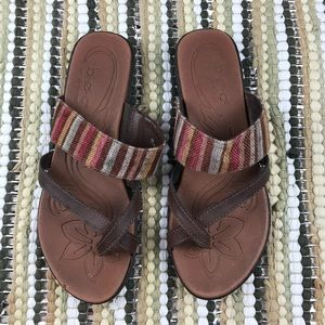 B.o.c. By born rainbow stripe sandals